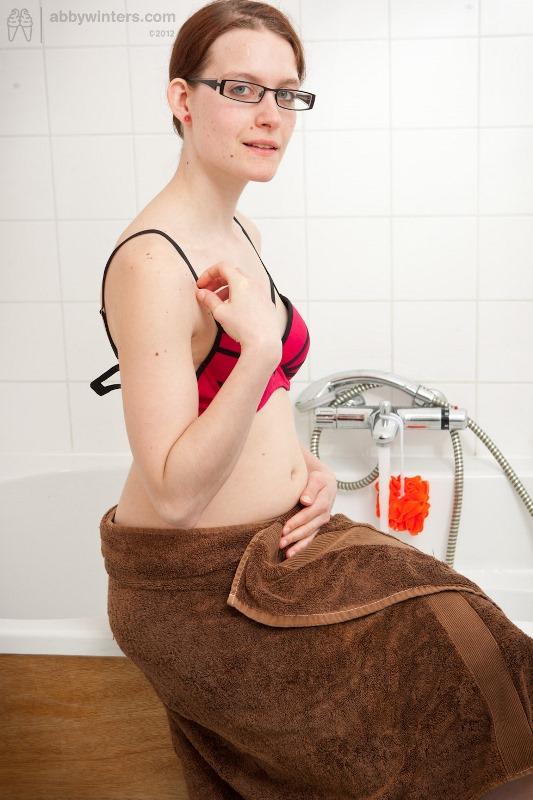 Ebony in the nude